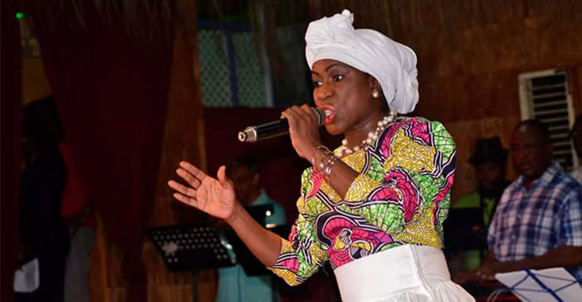 CALYPSONIAN LEANDRA CUFFY, DIES SUDDENLY, AFTER COMPLAINING OF NOT FEELING WELL!